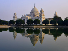 Victoria Memorial (nimitnigam) Tags: camera travel light sunset india west reflection monument water architecture lens photography reflecting golden photo frames pond nikon memorial photographer photos indian tripod landmarks photographers sunsets landmark victoria photographs photograph 1855mm tripods catcher fx monuments incredible bengal calcutta nimit manfrotto pixi d800 dx victoriamemorial kolkatta westbengal nigam goldenlight incredibleindia nikond800 vitoriamemorial nimitnigam manfrottopixi framescatcher