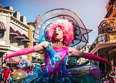 Tada (crashmattb) Tags: orlando florida disney parade february wdw waltdisneyworld performer magickingdom lightroom 2016 disneythemepark magickingdompark canon70d sigma1750mmf28exhsm festivaloffantasy