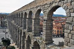 AQÜEDUCTE (dcalderer) Tags: arquitectura segovia acueducto antiguo piedra rumano