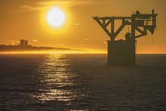 297 Amanecer en Marbella (Torre del Cable) (Rafi Moreno) Tags: espaa naturaleza nature canon contraluz mar andaluca spain mediterraneo paisaje amanecer costadelsol mlaga marbella rafi torredelcable 365proyect proyecto365fotos