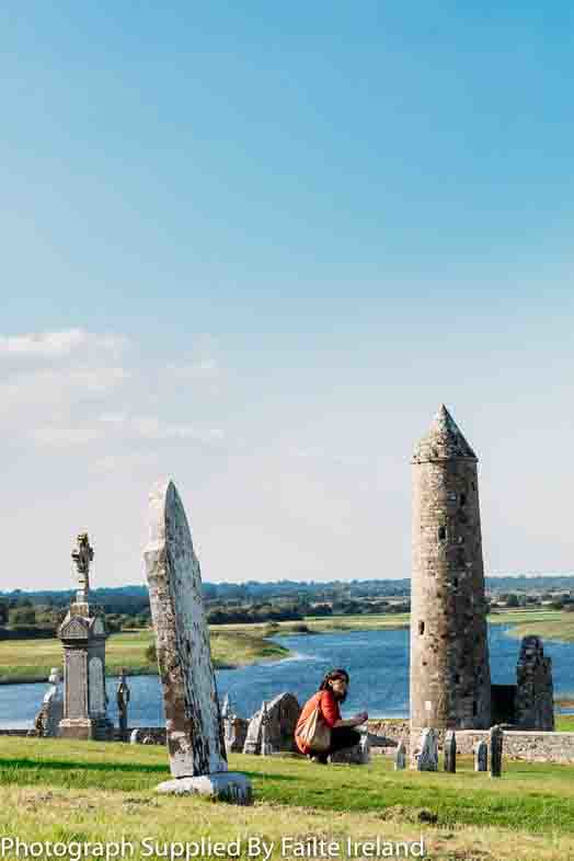 County Offaly - Clonmacnoise Round Tower