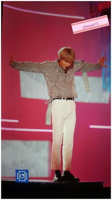 160315 Taemin @ Style Icon Asia 2016 25723851012_95afa0a18d_z