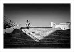Corredor / Runner (ximo rosell) Tags: blackandwhite bw blancoynegro luz valencia stairs nikon bn d750 deporte cac runner ciudaddelasciencias llum ximorosell