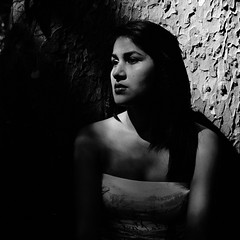G (Imanol 6x6) Tags: street portrait blackandwhite bw 120 6x6 film eh rolleiflex mediumformat kodak trix 400 mf nophotoshop sansebastian f28 donostia trl 500x500