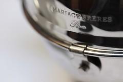 Luxe, calme et volupté (Christelle Diawara) Tags: macromondays canon600d macro 60mm mariagefrères paris salondethé thédepâques guiltypleasures tea marais teapot théière thé