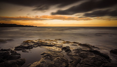Hawaii Sunset (Kiwi Tom) Tags: longexposure sunset sea beach clouds america landscape hawaii rocks tomhall