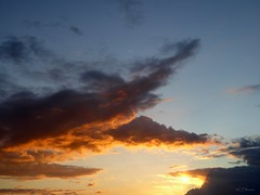 17.04.2016 - 19:10h (Ellenore56) Tags: light sky cloud sun inspiration color colour detail reflection weather clouds speed drive evening licht perception heaven mood dynamic natural magic sunday perspective himmel wolke wolken atmosphere formation v cumulus bewegung imagination moment eveningsky temporary sonne farbe tempo sunbeam atmosphre sonnenstrahl sonntag wetter stimmung abendhimmel perspektive cirrus reflektion augenblick skywards dynamik faszination himmelwrts temporr wolkenformation sichtweise bewlkung heavenwards ellenore56 panasonicdmctz61 17042016 170420161910h
