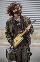 Apocalyptic street musician - Apocalittico musicista di strada (kant53) Tags: strada fantasia atomica musicista fantascienza ragazzo sopravvivenza chitarrista allaperto apocalisse giovane futuropostatomico
