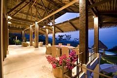 Casa Punta Achiote (mr.doanngoctu) Tags: flores verde azul arquitectura playa piscina bosque tropico montaa enriquebarascout