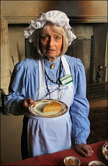 The Cook's Descendent (Canis Major) Tags: cakes costume cook ancestor recipes chastletonhouse maryhaywood descendent