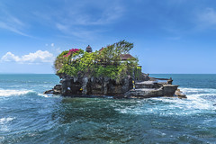 Bal Temple (Ed Kruger) Tags: ocean travel blue sea sky bali sun seascape history water clouds indonesia island temple asia southeastasia asians religion january culture wave historical copyrights allrightsreserved 2016 travelphotography peopleofasia asiancities edkruger asiancountries tonah cultureofasia photosofasia tonahlot abaconda qfse kirillkruger rodkruger millakruger