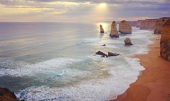 The #amazing #12 #twelveapostles #12apostles #fujifilm #x100t #beautiful #sunset #pastel #nature #landscape #greatoceanroad #roadtrip #ausfeels #autumn #portcampbell #rock #instadaily #instalike #instamood (jayayewhy) Tags: square squareformat rise iphoneography instagramapp uploaded:by=instagram