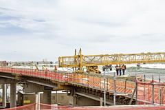 r_160428385_kos_a (Mitch Waxman) Tags: newyorkcity newyork construction scaffold greenpointbrooklyn newtowncreek laborers constructionequipment kosciuszkobridge nysdot dukbo