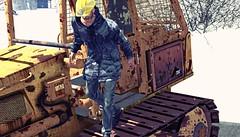 Outfit 6 (Yann Whoa) Tags: winter snow man building work helmet caterpillar whoa yann