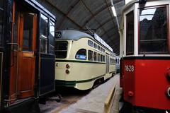 loods van de electrische museumtramlijn Amsterdam (remco2000) Tags: amsterdam blauw tram gemeente rood ema grijs bege gvb pcc 1024 haagse loods onderhoud 792 1628 werkplaats weense retm electrische vervoerbedrijf museumtramlijn gvb586 opslap weense1628 pcc1024 gvb792