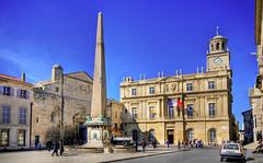 12 Arles_Place_de_la_République