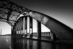 6th-Street-Vexed (Tony DeSantis Photography) Tags: blackandwhite rain sunrise losangeles flood vexed 6thstreetbridge nikcolorefexpro fineartblackandwhite topazdenoise tonydesantisphotography