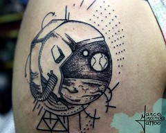 Astronauta (Marco Miranda Tattoo) Tags: geometria trao pontilhismo