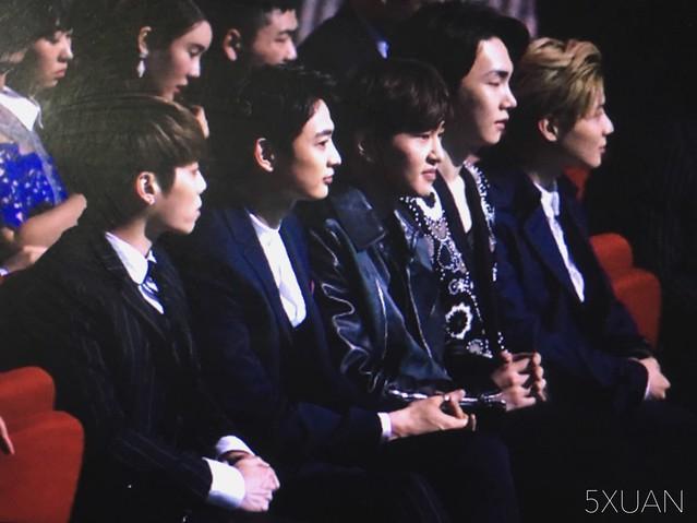 160329 SHINee @ 2016 KU Asia Music Awards' 26167536326_4823f76703_z