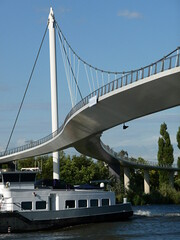 Modern suspension-bridge: the Nesciobrug; northeast of Amsterdam city; photo geotagged, in public domain (Amsterdam city photos, geotagged) Tags: city bridge urban building public dutch amsterdam architecture modern print geotagged photography photo construction image outdoor picture free structure infrastructure northeast suspensionbridge connection domain nesciobrug