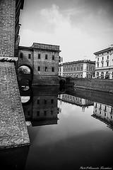 The reflected castle (alessandrafinocchiaro67) Tags: city winter white black castle water monochrome ferrara fx nikond750