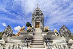 Stupa (Pnom Phen) (Franz - Jimenez) Tags: blue sky temple asia cambodia royal palace southeast angular