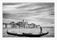 Hard Work, Venice (Meine Art zu sehen) Tags: venice venedig gondolas gondeln