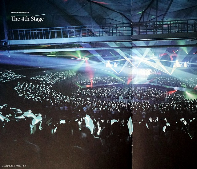 160421 SHINee @ Photobook SHINee World Concert IV 26611559272_2bcc4ca36d_z
