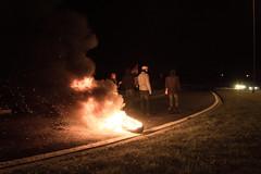 Rubber in fire (Zo Desbureaux) Tags: fire lutte rubber combat pneu feu loitravail nuitdebout