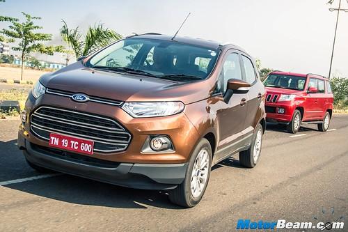 Ford EcoSport vs Mahindra TUV300 - Shootout Review