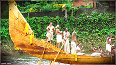 kuriannoor_puthan_palliyodam_neraniyikkal_by_jith908-d886twi (|| Nellickal Palliyodam ||) Tags: india race temple boat snake kerala pooja krishna kochi devi aranmula avittam parthasarathy vallamkali parthan uthsavam palliyodam malakkara koipuram poovathur kodiyettu nellickal kuriyannoor jalothsavam