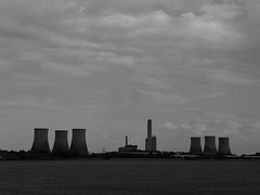 Cloud Factory (mdavidford) Tags: blackandwhite field industrial power towers farmland electricity crops milton generation chimneys coolingtowers hyperbolic didcotpowerstation suttonroad didcota