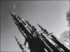 Gothic rocket. Whatever the N. Koreans can do..... (alanpeu1) Tags: red film monochrome mediumformat edinburgh princesstreet filter analogue mamiya645 scottmonument delta400 gothicrocket