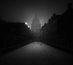 inner sanctum (vulture labs) Tags: london birds fog zeiss 28mm inner stpaulscathedral sanctum distagont228 vulturelabs