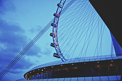 Singapore Flyer (nic lawrance) Tags: lines wheel architecture dark lights evening singapore asia shape curved singaporeflyer
