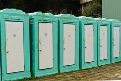 20101005-FD-flickr-0001.jpg (esbol) Tags: bathroom shower ceramics sink bad toilet toilette bathtub badewanne urinals pissoir keramik dusche waschbecken kloschssel kloset