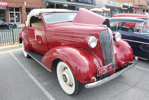1936 Chevrolet FD Standard Six Cabriolet