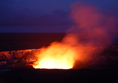 Volcano Halema'uma'u by night (jacquespaquette27) Tags: volcano crater halemaumau volcan cratère hawaï irruption