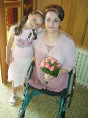 amp-1071 (vsmrn) Tags: woman crutches amputee onelegged