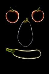 eggplant-zucchini-tomatoes (Flavio~) Tags: lighting food black home eggplant flash vegetable flashphotography aubergine homestudio berenjena foodphotography