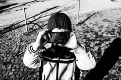 DSCF1791 (Gabrio Malonni) Tags: blackandwhite bw bn black white peolpe february fuji fujifilm italy mountain coolpix streetphoto streetphotographers street winter 2016 kid photo
