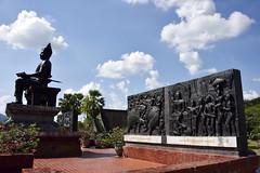 _GRL7710 (TC Yuen) Tags: architecture thailand ruins asia southeastasia buddha unesco worldheritage norththailand ancientcapital