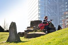Caglayan Cetin (Begüm Tomruk) Tags: cello düsseldorf medienhafen cellist violoncello