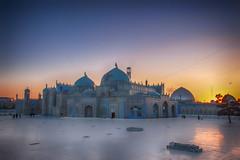 IMG_0233 (Romal Fahim) Tags: blue houses sky mountain afghanistan history asia islam hill tomb ali human mountainside mazar mazaresharif hazrat humanlife