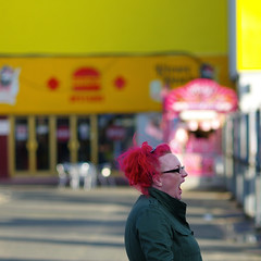 scream if you want to go faster (Andrew Malbon) Tags: leica pink blue yellow hair pier bright fairground hampshire retro summicron telephoto gaudy scream solent portsmouth dye southcoast 90mm funfair yellowblue southsea haircolour m9 clarencepier southseacommon 90mmf2 shorttelephoto leicam9