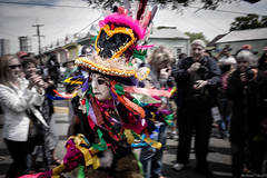 Mardi Gras Indian (michael.mu) Tags: leica 35mm costume louisiana mask neworleans streetphotography indians mardigras masking supersunday 2016 m240 colorefexpro leicasummicron35mmf20asph lr5 leicasummicronm1235mmasph