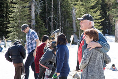 Banff Apr 2015-19 (memories by Mark) Tags: people canada candid streetphotography alberta banff banffnationalpark