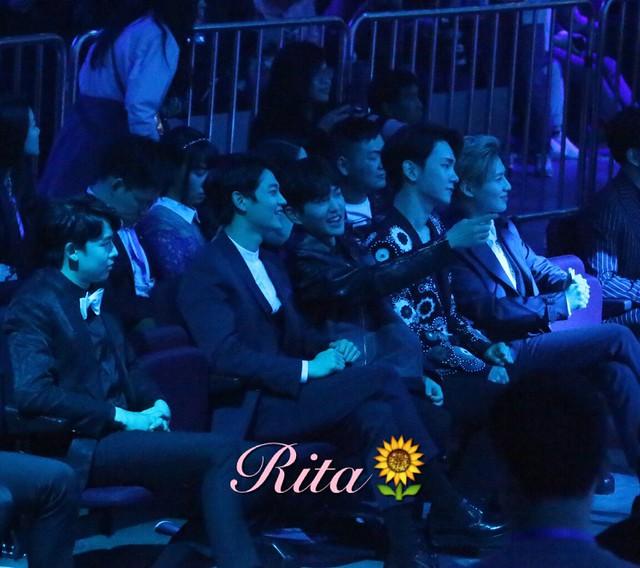 160329 SHINee @ 2016 KU Asia Music Awards' 26101088702_ca29e878b0_z