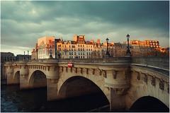 Paris Street Photography (CreART Photography) Tags: street blue sunset sky paris seine zeiss lens streetphotography bluesky cielo carlzeiss bridgesofparis skyofparis batis25f2