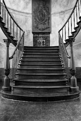 Old stairway_DSC05928 (devos.ch312) Tags: architecture belgium stairway staircase flanders atget oldcityhall ninove